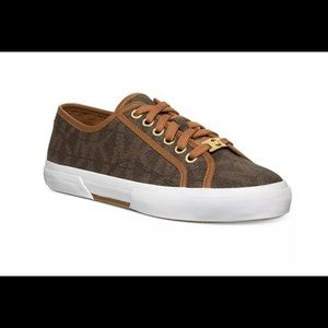 Michael kors sneakers women's size 9